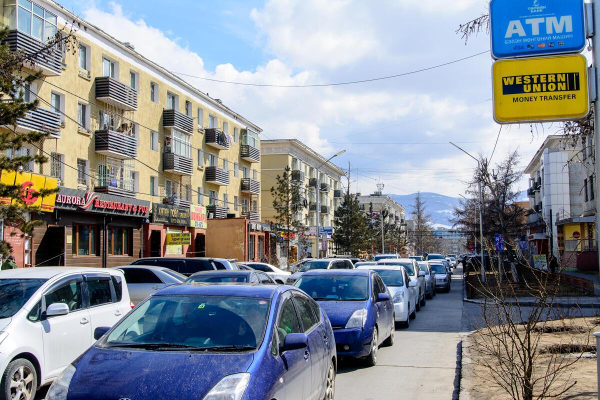 Улочка в Улан-Баторе