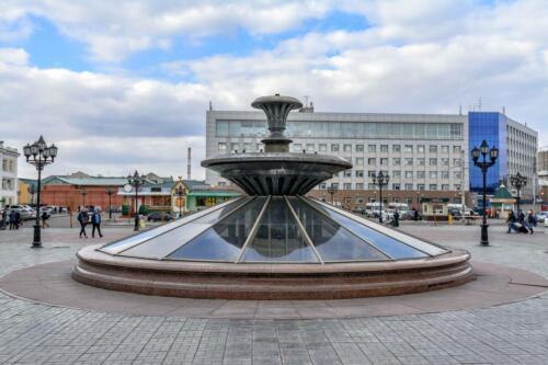 Фонтан на вокзале Красноярск