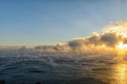 Закат на южном Байкале