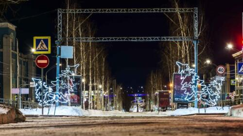 Аллея на улице Ленина в Барнауле