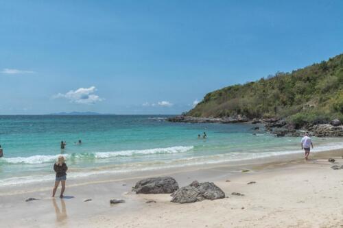 Песчаный пляж на острове Лан в провинции Чонбури